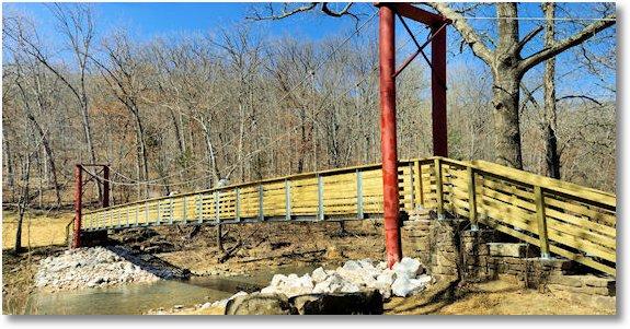 footbridge devils den state park