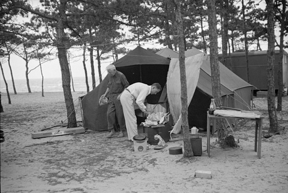 auto camping at Dennisport Massachusetts, September 1936